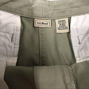L.L. Bean Pants - LL Bean Kahkis 10REG